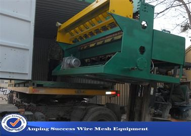 China Reinforcing Bar Wire Fence Machine / Crimped Wire Mesh Machine Customized Color supplier
