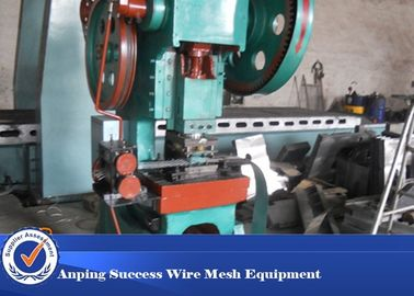 China Full Automatic Concertina Wire Machine , Razor Blade Machine High Efficiency supplier